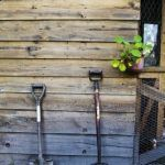 Möchtest du deine eigene Holzscheune bauen? Finde heraus wie in diesem Artikel!